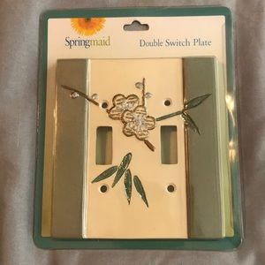 Other - Spring maid double switch plate
